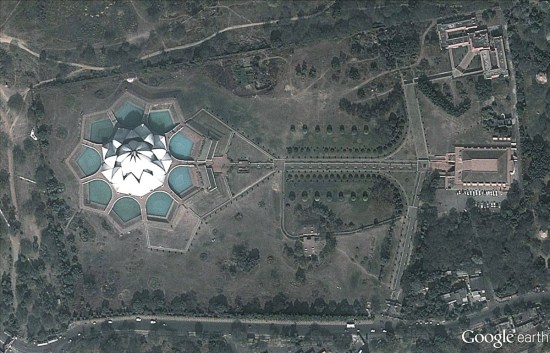 Lotus_Temple.jpg