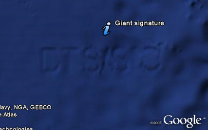 Giant signature on ocean floor in Google Earth